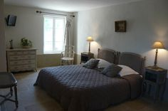 la chambre/the bedroom