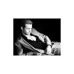True Blood's Alexander Skarsgård/ Eric Northman ❤ liked on Polyvore featuring true blood, alexander skarsgard, people, backgrounds and men