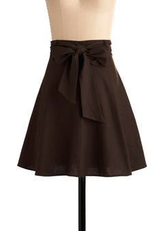 Musee de Cluny Skirt - Brown, Solid, Casual, A-line, Mid-length, Belted, Best Seller, Daytime Party, Fit & Flare, Work, Variation