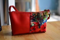 Mini shoulder purse. Handmade with genuine leather and fabric
