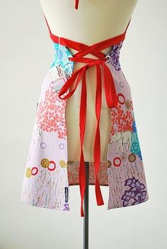 Easy to make apron with corset back