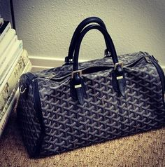 Pretty much obsessed with the Goyard overnight duffle.