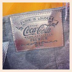 Love is louder! #cocafashionrio