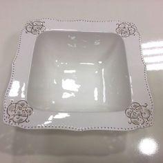 Porcelán tál