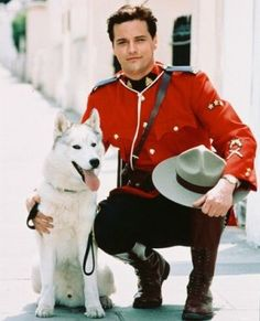 Paul Gross playing Canadian Mountie Constable Benton Fraser