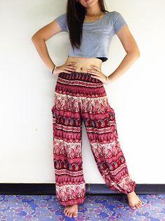 Thai Women Clothing Comfy Rayon Bohemian Trousers Hippie Baggy Genie Boho Pants Paisley Dark Red (TS Looks Hippie, Hippie Style, Boho Hippie, Boho Style, Boho Chic, Gypsy Pants, Hippie Pants, Boho Pants, Paisley