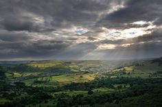 Peak District National Park: We have Visitor Centres in Bakewell, Castleton, Edale and the Upper Derwent Valley. Contact details and opening times. Peak District, Derwent Valley, Walking Routes, Derbyshire, Horse Riding, Trail, National Parks, Scenery, Places To Visit