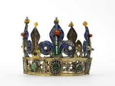 Official and Historic Crowns of the World and their Locations: France 44