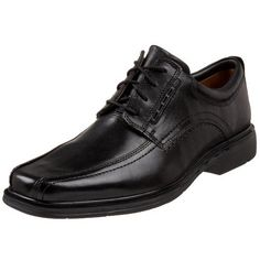 Clarks Unstructured Men's Un.Kenneth Oxford Clarks. $91.78. Lightweight ''Ultra Flex'' EVA outsole sole reduces lift load and foot fatigue for all-day wear. leather. Channeled mesh creates a defined path for warm, moist air to flow and escape through exhaust vents. Rubber sole. Lambskin lining with reduced stitching for blister prevention. Unique air circulation system features intake vents to allow optimal breathability. Removable vegetable-tanned leather insole