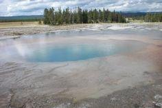 Geyser basin, Yellowstone