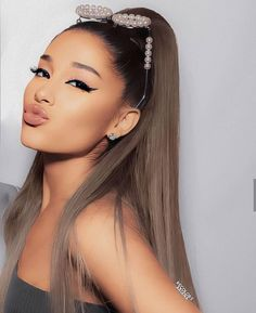 Ariana Grande Photoshoot, Ariana Grande Cute, Ariana Grande Fotos, Ariana Grande Pictures, Adriana Grande, She Is Gorgeous, Beautiful, Ariana Tour, Ariana Grande Sweetener