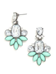 Mint+and+clear+gemstones+are+dazzling+in+a+moderately+floral+motif+set+against+contrasting+gunmetal