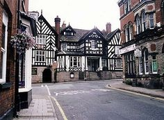 BBC - Shakespeare On Tour - Small Cheshire town attracts Shakespeare's players