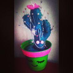 diy cactus felt crochet craft