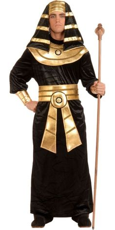 This Pharaoh Adult Costume is a great design for the Egyptian ruler of the day. Included are a black robe, gold belt, gold collar, and black and gold pharaoh headpiece. Egyptian Headpiece, Egyptian Costume, Medieval Costume, Pharoah Costume, Fantasia Plus Size, Adult Costumes, Halloween Costumes, Adult Halloween, Halloween Forum