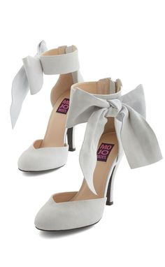 ankle bow heels