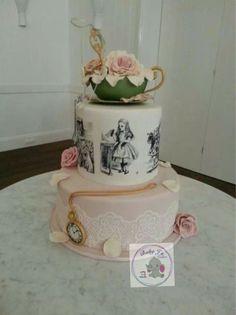 Alice in wonderland cake @Debi Gardner-Faver Gardner-Faver Gardner-Faver Ling