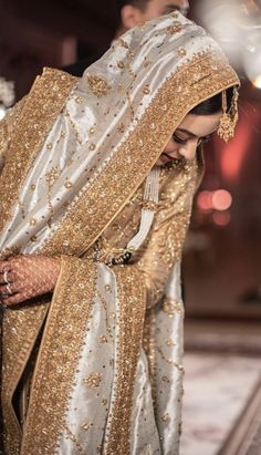 Desi Wedding Dresses, Asian Wedding Dress, Pakistani Wedding Outfits, Pakistani Bridal Dresses, Party Wear Dresses, Pakistani Bridal Couture, Pakistan Fashion, India Fashion, Girls Fashion Clothes