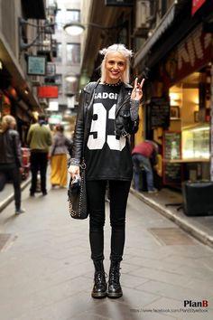 Melbourne street fashion  www.facebook.com/PlanBStyleBook  #melbourne #melbourne fashion #melbourne street fashion #degraves #fashion #style #fashion blogger #fashion blog #street fashion #fashion photography