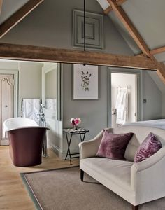 Luxurious traditional bedroom with sofa and bath from 50 INCREDIBLE Modern Country Attic Bathrooms over on Modern Country Style! Bedroom Decor For Teen Girls, Home Decor Bedroom, Modern Bedroom, Bedroom With Bath, Taupe Bedroom, Master Bedroom, Home Interior, Interior Design, Deco Zen