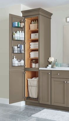 Amazing DIY Bathroom Ideas, Master Bathroom Decor, Bathroom Remodel and Bathroom Projects to help inspire your master bathroom dreams and goals. Small Bathroom Storage, Bathroom Organization, Organization Ideas, Small Storage, Small Bathroom Cabinets, Bathroom Linen Cabinet, Storage Spaces, Bathroom Built Ins, Small Bathroom Furniture