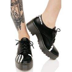 Iron Fist Grave Robber Derby Flats ($54) ❤ liked on Polyvore featuring shoes, black flat shoes, iron fist flats, black shoes, flat shoes and black lace up shoes