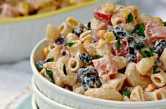 This Mexican Macaroni Salad recipe is a very versatile summer salad perfect for picnics and barbecues. I love serving it at family BBQ's as a side dish.