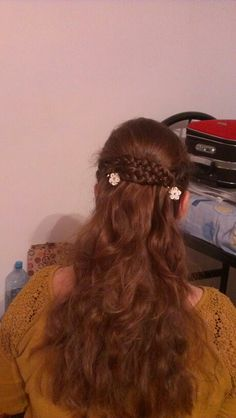Ceva dragut Have Fun, Dreadlocks, Hair Styles, Beauty, Beleza, Dreads, Hair Looks, Cosmetology, Hair Cuts