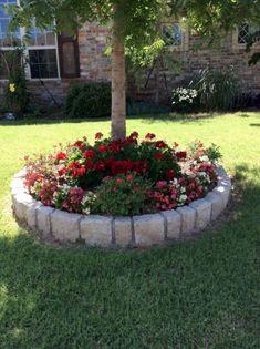 47 Enchanting DIY Vertical Planter Jardinera Arboles Jardines Garden Flower Beds Y Garden Landscaping Garden Yard Ideas, Garden Projects, Garden Art, Backyard Ideas, Garden Beds, Front Yard Ideas, Tree Garden, Diy Garden, Garden Gates