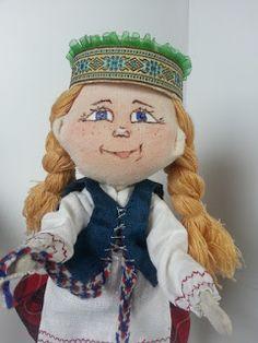 """Jurgitos galerija: Suvenyrinė lėlė """"Lietuvaitė"""""""