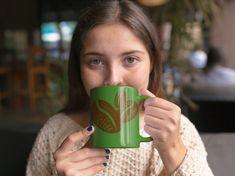 Kaffee Coffee Queen Cafe Kaffeepause Geschenk Männer Premium T-Shirt Latte Macchiato, Coffee Cafe, Shirt Designs, Beautiful Artwork, Saint Name Day, Coffee Break, Grandma And Grandpa, Coffee Beans, Coffee Making Machine