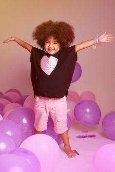 """Mia nos muestra """"La época dorada del Disco Dancing"""" con un pedacito de mi corazón en rosa... So cute!!! ~❤"""