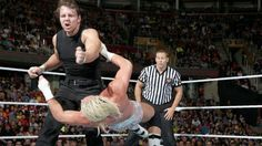 Raw 9/16/13: Dolph Ziggler vs. Dean Ambrose