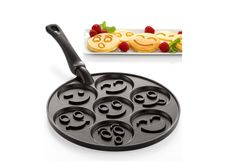 Smiley Faces Pancake Pan