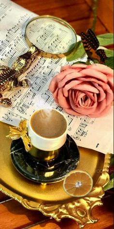 GIF найдено пользователем Iriska. Находите (и сохраняйте!) свои собственные изображения и видео в We Heart It Good Morning Gif, Tea Cups, Tableware, Morning Coffee, Dinnerware, Tablewares, Dishes, Place Settings, Cup Of Tea