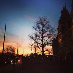 Good morning Amsterdam!  #goodmorning #amsterdam #rijksmuseum #sunrise #amazingsky #morningwalk #morningstroll #stayingfit #gettingfit #fitness #earlymorning  #riseandshine #walking #enjoyingmycity #enjoyingmyday #stunning #beautifulmorning #beautifulmoments #iloveamsterdam #iamsterdam #lovemycity #holland #colourful #colourfulsky #morning #blessed #lookup #goedemorgen #wakker #wandelen Photo by @soulsurfers_fem