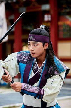 Moo Myung (Sun Woo) Park Seo Joon Hwarang, Park Seo Jun, Korean Star, Korean Men, Park Hyung Sik Hwarang, Best Kdrama, Choi Jin, Handsome Korean Actors, Kim Sun