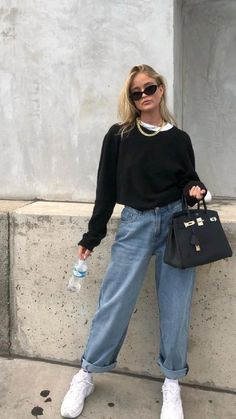 Casual College Outfits, Cute Lazy Outfits, Warm Outfits, Jean Outfits, Chic Outfits, Trendy Outfits, 2000s Fashion, Trendy Fashion, Winter Fashion