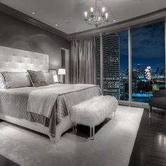 Master Bedroom Ideas In Gray Table - 20 beautiful gray master bedroom design ideas - style motivation Home Decor Bedroom, Modern Bedroom, Bedroom Interior, Master Bedroom Design, Bedroom Makeover, Bedroom Design, Gray Master Bedroom, Home Decor, House Interior