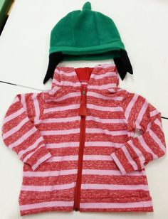 This little costume/outfit was inspired by the cartoon show, Sarah & Duck. It comes with the following items: 1 Sarah Hat - made out of fleece 1