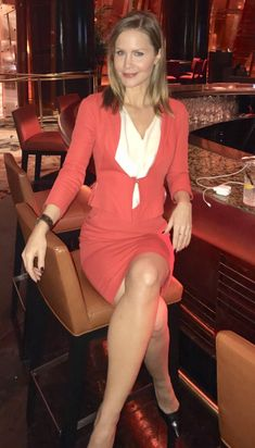 Josie Davis Bodycon Dress, Dresses With Sleeves, Long Sleeve, Twitter, Fashion, Moda, Body Con, Gowns With Sleeves, Fashion Styles