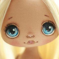 Первая девочка в новом году☺ах эти голубые глазки Doll facial features