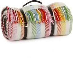 Pin for Later: 70 Christmas Treats For the Great British Bake Off Babe in Your Life  Tweedmill Pure New Wool Picnic Blanket (£98)