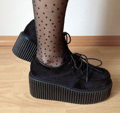 Creeper shoes black fur