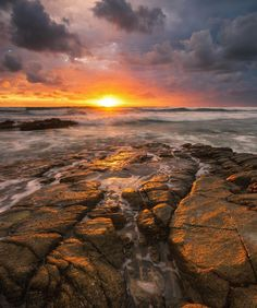 Sunrise over Point Arkwright on the Sunshine Coast of Queensland Australia. // #sunrise #queensland #visitsunshinecoast #pointarkwright
