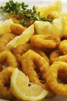 Receita de Lula Frita. Escolha como petisco, Lula frita. Não é preciso estar no litoral para saborear essa delícia!
