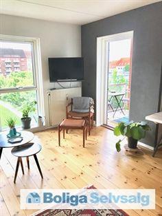 Kastanie Allé 2E, 3. tv., 2720 Vanløse - 3 værelses andelsbolig, øverst beliggende med altan #andel #andelsbolig #andelslejlighed #vanløse #selvsalg #boligsalg #boligdk