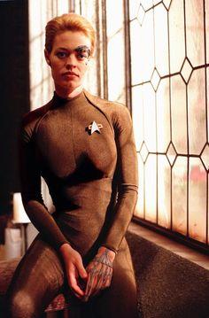 Jeri Ryan - Star Trek: Voyager