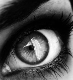 Black and White My favorite photo© Motaz Al Tawil Black N White, Black White Photos, White Art, Black And White Photography, Essayist, Pretty Eyes, Beautiful Eyes, Look Into My Eyes, Eye Photography