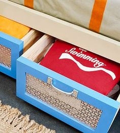 diy a pullout underbed storage drawer, I am going to make these for Natalee's bed ;) already have the dresser bought!